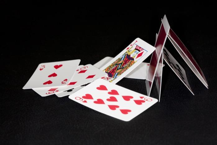 Vamos fazer um castelo de cartas? Siga essas dicas para acertar